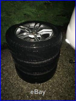 5 Wheels and Tyres (255/55 R18) from Land Rover Discovery, nuts & lock nuts