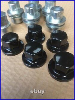 Black Locking Wheel Nut Set PLUS 18 Nuts to fit Land Rover Defender Alloy Wheels