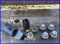 Genuine Land Rover Defender/Disco 1/RRC Alloy Wheel Nut Set / Locking Wheel Nuts