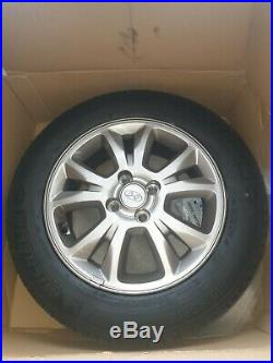 Hyundai 15 alloy wheels off my 2018 i20 good condition with nuts and nut lock