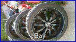 Range rover 22 inch alloy wheels with new nuts and locking nuts