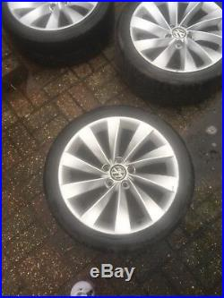 Scirocco alloy wheels with bolts and locking wheel nuts